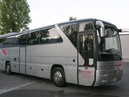 Mercedes 350 51+1+1